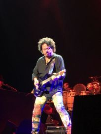 Steve Lukather rocking out